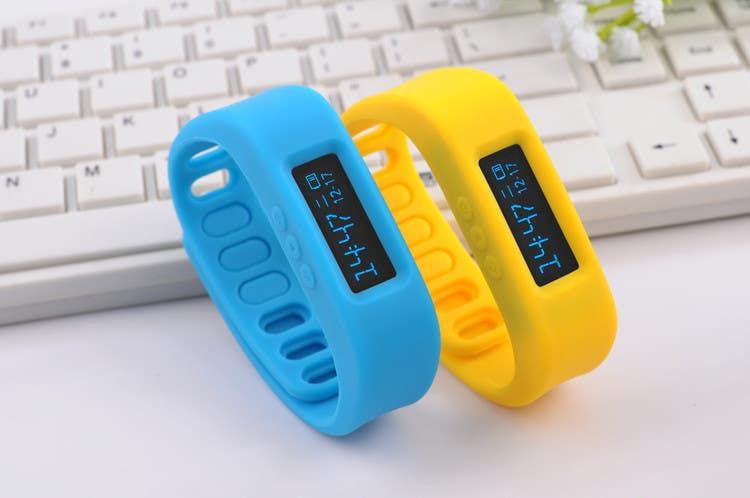Penyertaan Peraduan #29 untuk Design me a digital counting wristband