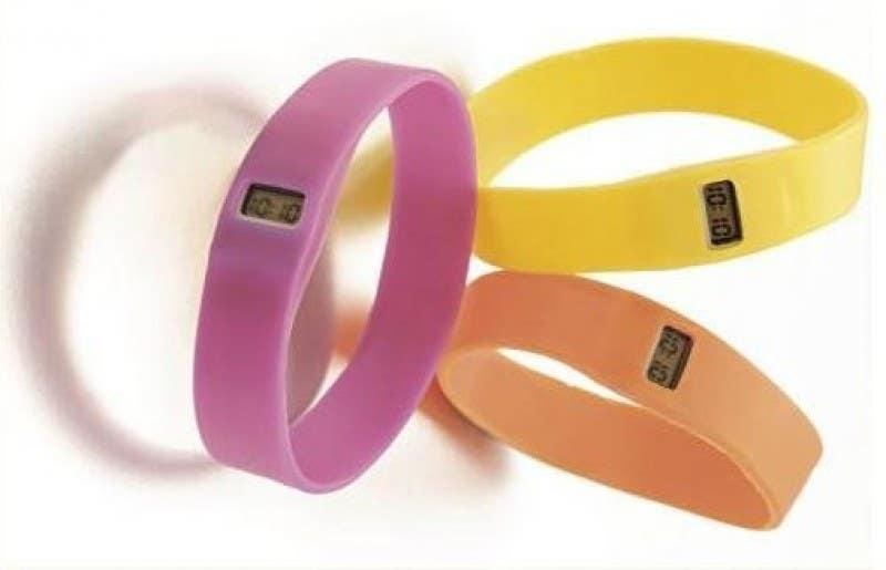 Penyertaan Peraduan #31 untuk Design me a digital counting wristband