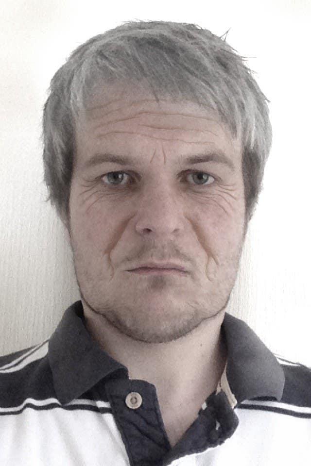 Penyertaan Peraduan #                                        15                                      untuk                                         Age me 20 years to 50 years old