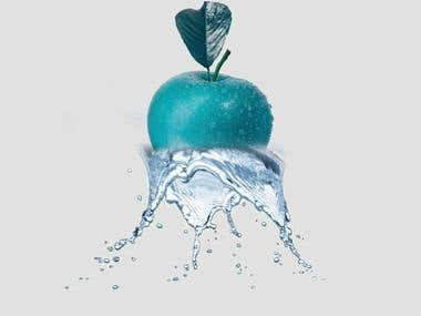 Photoshop manipulation ; adjusting water dropplets into the picture of apple.