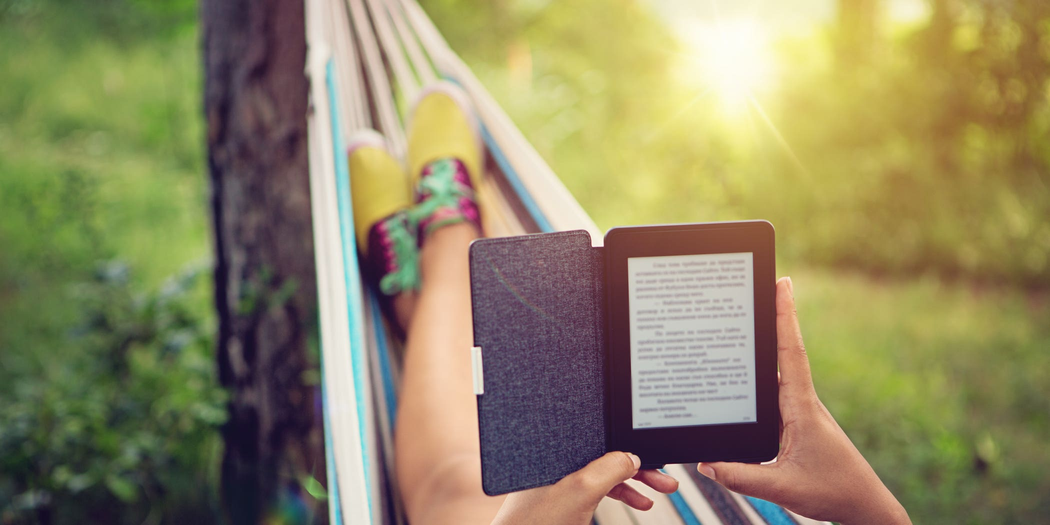 Cover photo for 7 tips to write your first e-book